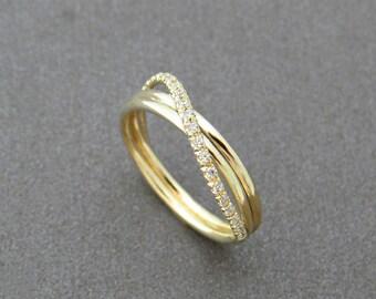 Unique engagement ring, infinity diamond ring, Infinity engagement ring, Infinity wedding ring, delicate 14k gold diamond infinity ring.