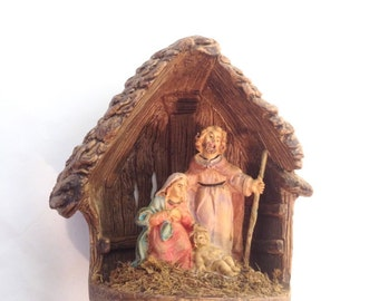 gorgeous Italian nativity with great details; Holy Family, Joseph, Mary, Jesus in manger, Italy 1456; yesteryears Christmas nativity scene