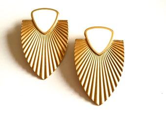 Vintage Modern Shield Earrings
