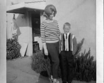 Vintage Photo..Mom on the First Day of School 1960's, Original Photo, Old Photo Snapshot, Vernacular Photography, American Social History