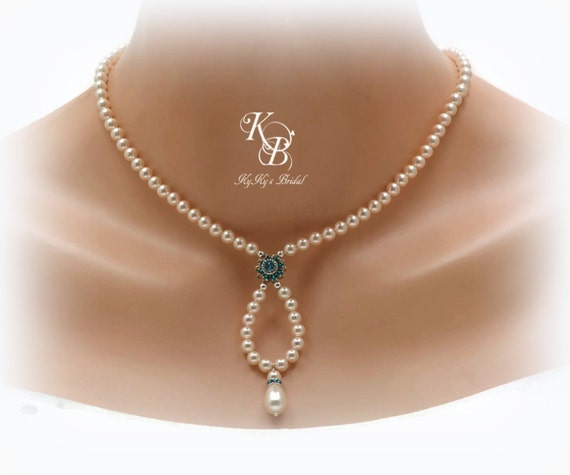 Pearl Necklace Styles: Pearl Bridal Necklace Vintage Style Necklace Blue Crystal