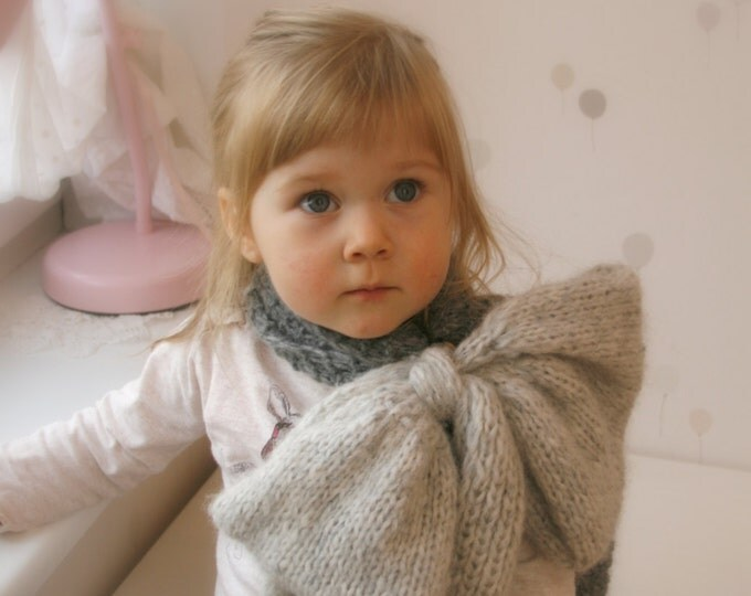KNITTING PATTERN  bow scarf Inge