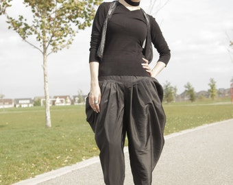 Harem Shalwar Baggy Pants - Ahlaam's Signature Wear