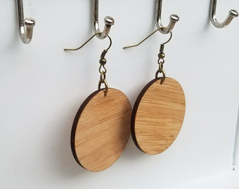 Lightweight Wood Circle earrings / Wood Disc earring / wood hoop / inspired by Joanna Gaines fixer upper / sustainable bamboo wood