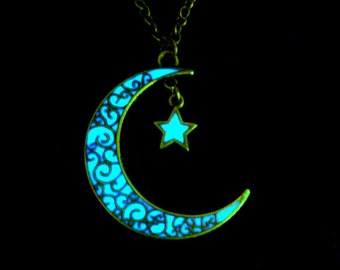 Moon And Star Necklace Glow In The Dark Moon And Star Pendant Jewelry Antique Bronze (glows aqua blue)