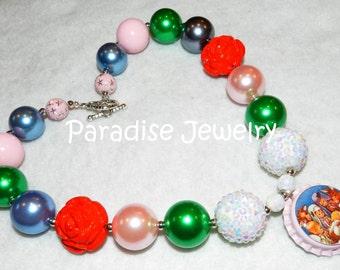 Christmas Nativity Bottle Cap Necklace, Baby Jesus, Bubblegum Beads, Chunky Bead, Baby, Child, Photo Prop, Pink Blue, Christmas Necklace