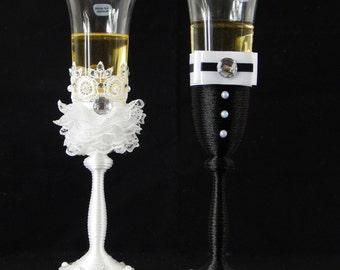 Wedding Toasting Flutes Exclusively Weddings Wedding Glasses, Wedding Champagne Flutes, Bride And Groom, Black&White Wedding, Wedding gift