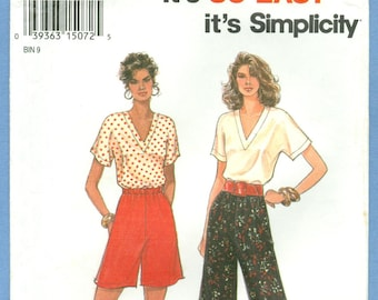 1994 Pull On Pants or Shorts and V-Neck Top Size 6,8,10,12,14,16,18,20,22,24 - Vintage Simplicity Sewing Pattern 8860