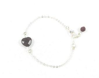 Heart Bracelet, Dainty Heart Bracelet, Delicate Bracelet, Simple Jewelry, Heart Jewelry, Love Jewelry, Bracelets for Women, Heart Gifts