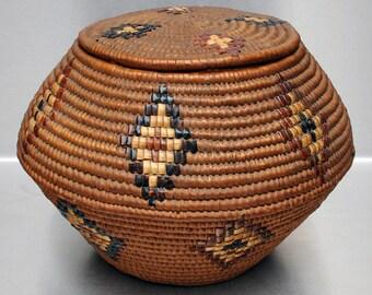 c. 1900 Salish Northwest Coast Native American Lidded Basket w/Imbricated Design