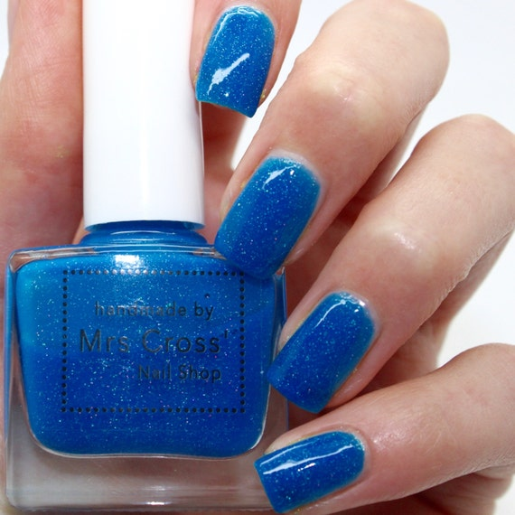 Neon Blue Nail Polish: Bright Blue Neon Nail Polish