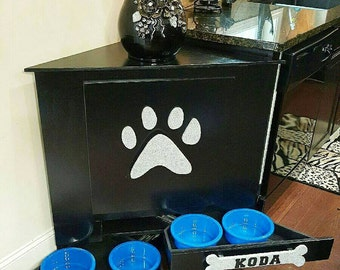 Pet Dog Food Storage Feeder !