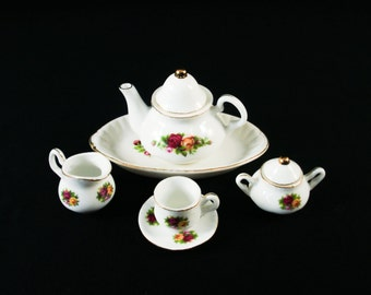 Royal Albert Old Country Roses Mini Tea Set Miniature Le Petite Tea Set - 6 pc