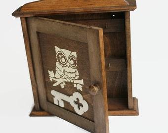 Owl Key cabinet Wooden Key holder White owl Owl key box cabinet Key organizer Key cabinet owl Gift Home decor owl Wall decor Owl decoration