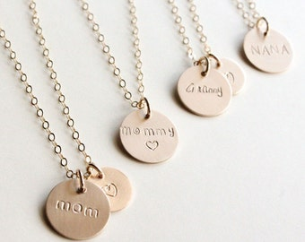 Mom Necklace / mama Necklace / Personalized Mother Necklace / Gold Disc Necklace / New Mom Gift / Nana Necklace / Mothers Day / Grammy /