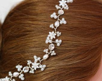 Bridal forehead band hair vine, boho beach brow band, pearl hair vine, flower hair vine, babies breath, jip hair vine