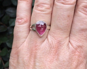 Pink tourmaline ring, adjustable
