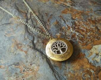 Vintage style locket,tree necklace,tree of life necklace,tree locket necklace