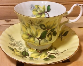 Lovely Yellow Royal Albert 4502 Teacup and Saucer