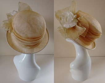 Vintage Frank Usher Cream Natural Straw Summer Garden Party Wedding Ascot Mother of the Bride Cloche Hat with Bow and Flower Detail