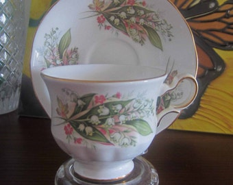 Royal Vale 8586 Lillies of the Valley Bone China Tea Cup and Saucer - Made in England