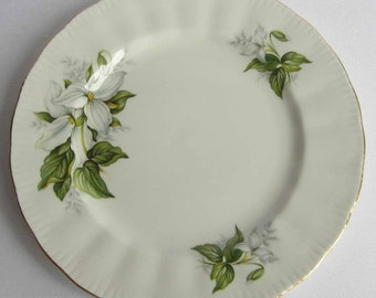 Free Shipping Paragon TRILLIUM Bone China Salad Plate - Made in England