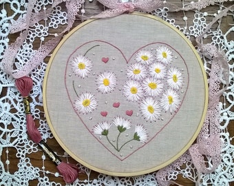 embroidery kit - Embroidery pattern - embroidery hoop art - Dew from daisies - traditional embroidery design