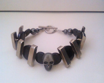 "Handmade bracelet man ""SKULL LEGEND"" unique Piece,"
