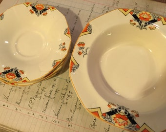 Set of 8 Alfred Meakin Marigold dishes