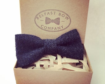 Men's Wool Tweed Bowtie in Navy