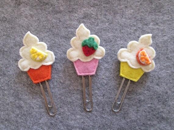 Cupcake paper clip - Felt bookmark - Cupcake bookmark - Gift for readers/children/teachers