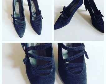 Via Spiga Shoes Black Suede Heels 8 AA Narrow Vintage 80s Italy Italian Pumps