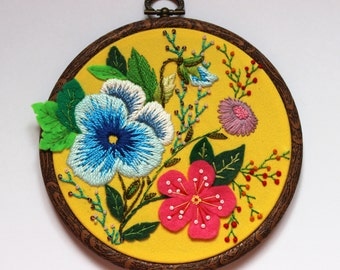 Embroidered Hoop Art , Embroidery Hoop Wall Decor, Wall Hanging, Flowers, Summer, Hand embroidered Wall Art, Yellow