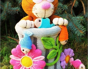 big cat in the carbage can - crochet pattern by mala designs ®
