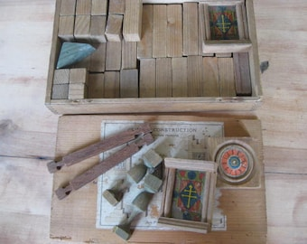 French vintage building blocks in the original box.