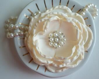Ivory Hair Clip, Wedding Hair Clip, Flower Girl Hair Clip, Silk Flower, Ivory Flower Girl, Bridal Hair Clip,