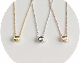 Simple Dot Necklace
