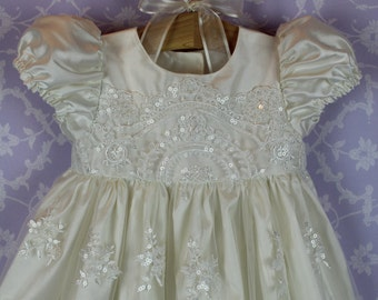 Christening Gowns, Cameo with  Bonnet
