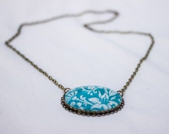 Large Medallion necklace with field flowers