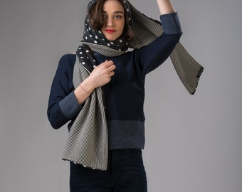 Duble sided hooded scarf