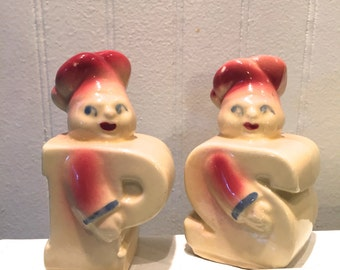"1940'S Shawnee Pottery ""Chef"" salt and pepper shakers"