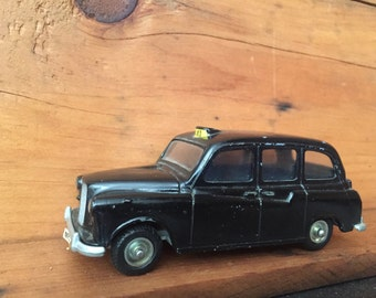 Vintage Black Budgie Model London Taxi Toy