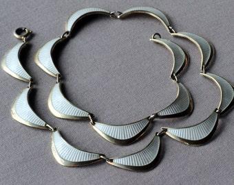 Vintage Edelmetall, Norway. Sterling silver vermeil enamel necklace.