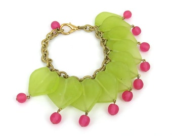 Hand Made Heart Green & Pink Color Bead Bracelet