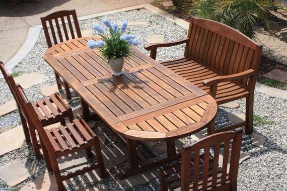 Teak patio set Smith & Hawken brand name Outdoor by lianasteak