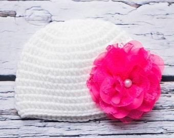Newborn baby girl beanie.White crochet baby girl beanie.Embellished beanie.Newborn beanie