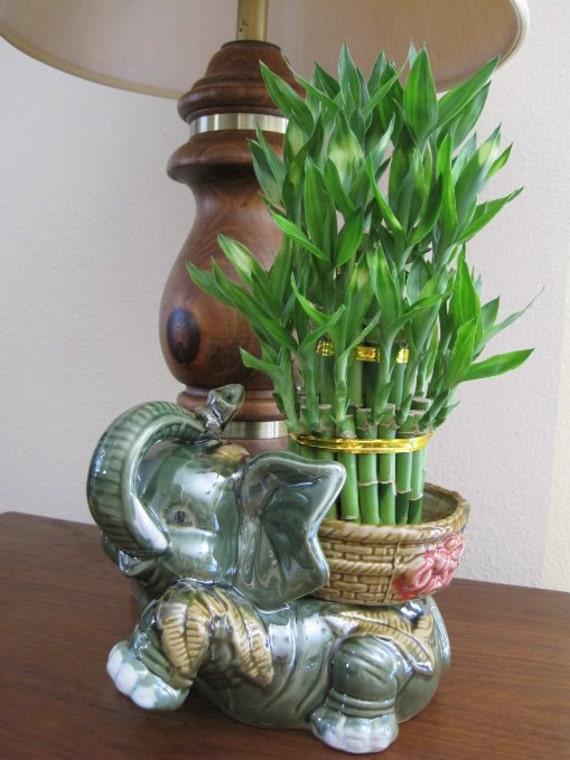jumbo size elephant ceramic vase with 3 tier 4 6. Black Bedroom Furniture Sets. Home Design Ideas