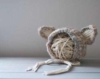 Little Lamb Baby Bonnet//Handspun Wool//Photography Prop//Newborn//Baby Hat