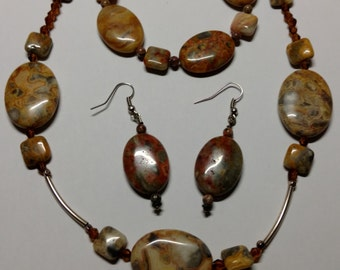Marbled brown stone necklace, earrings, and bracelet