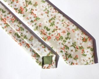 Beige Floral Tie - Men's Skinny Tie - Women's Flower Pattern Tie - Cream and Green Cotton Skinny Tie - Wedding Skinny Tie - Grooms Neck Tie